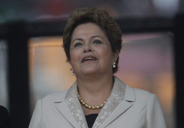 Rousseff destacó la importancia de que el Gobierno se alíe al sector privado.