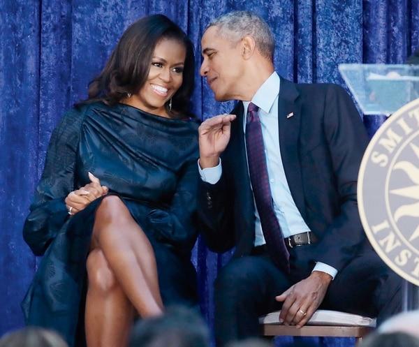 Michelle Obama y Barack Obama apostaron por una productora de series y contenidos audiovisuales después de su paso por la política estadounidense. Fotografía: Shutterstock.