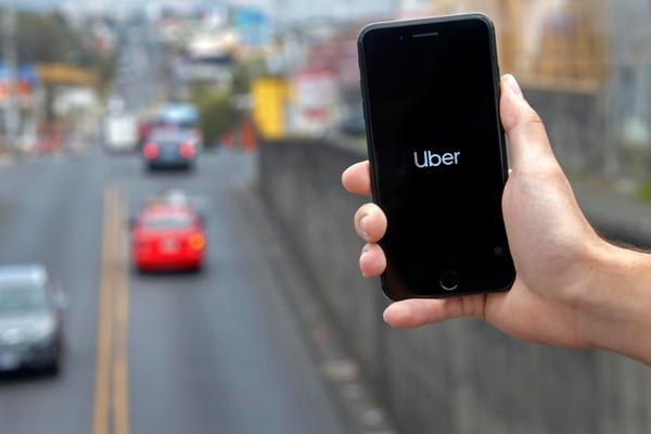 Uber tiene más de 783.000 usuarios en Costa Rica y su operación ha sido regulada por 132 leyes en diferentes ciudades y países en el mundo. Fotografía: Mayela López.