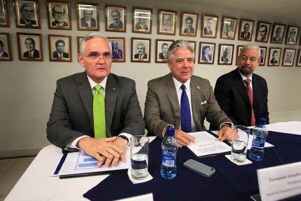 El administrador de la Autoridad del Canal de Panamá (ACP), Jorge Quijano y el presidente de la Asociación Panameña de Ejecutivos de Empresas, Fernando Aramburú, conversaron el jueves sobre la situación.