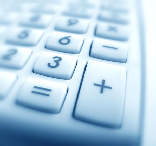 Si alquila un local comercial debe tomar en cuenta la posibilidad de obtener la exoneración de no pagar IVA, si el monto de la renta no supera los 1,5 salarios base, pero debe solicitar esa exoneración. (Foto archivo GN)