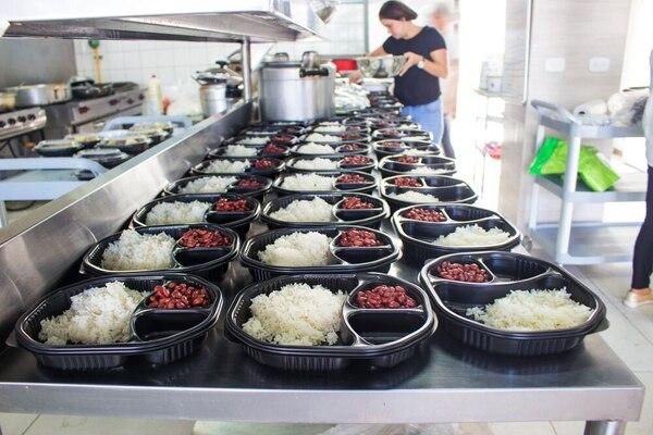 Esta es la planta de Pimiento Rosa, negocio que se encarga de preparar y entregar a domicilio comida saludable.