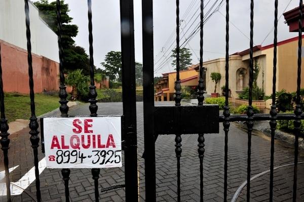 15-10-2014/San Jose Costa Rica/Costa Rica está por encima del promedio latinoamericano en alquleres de vivienda. segun datos de Fuprovi/en la foto propiedad en alquiler en Moravia/Fotografia: JOHN DURAN