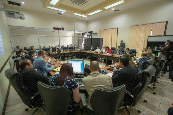 29/01/2019, San José, Asamblea Legislativa, sesión del plenario. Comparecencia de Jose Eduardo Alvarado de COOPENAE ante la comisión de Económicos. Fotografía: José Cordero.