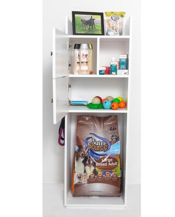 Los muebles para tener los accesorios, juguetes y otros objetos de los perros. (Foto cortesía Viviendo con mi mascota)