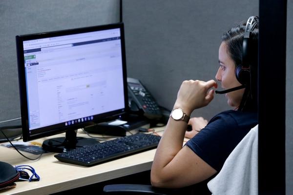 Los puestos disponibles incluyen agentes de servicio al cliente, analistas, contabilidad y finanzas, desarrolladores de software, estrategas de contenido y profesionales en prevención de fraude. (Foto John Durán )