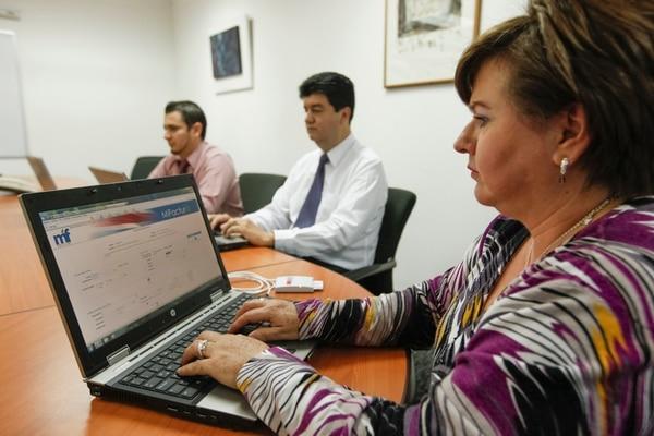 En el 2013 el Ministerio de Hacienda abrió otro capítulo para el desarrollo de un sistema de factura electrónica. En 2007 había anunciado un plan piloto.