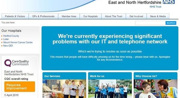 El Servicio Nacional de Salud (NHS) del Reino Unido advertía el viernes sobre el trastorno originado por un virus que infectó su sistema informático.