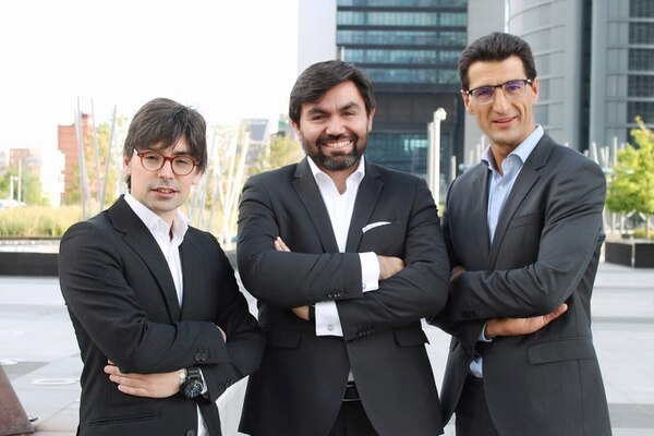 Alejandro Touriño, managing partner de ECIJA Madrid, Mauricio París, LAC region Manager y Hugo Écija, fundador. Foto: ECIJA para EF