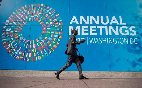En su nuevo Panorama Económico Mundial, el FMI proyectó un crecimiento del PIB mundial este año de 3,6%, y de 3,7% para el 2018.