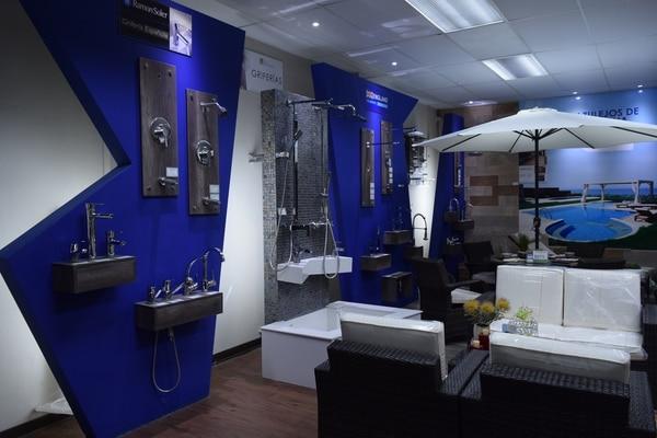 La empresa ha ido incorporando cada vez más productos a su portafolio, y actualmente ofrece cerca de 300 tipos de pisos.