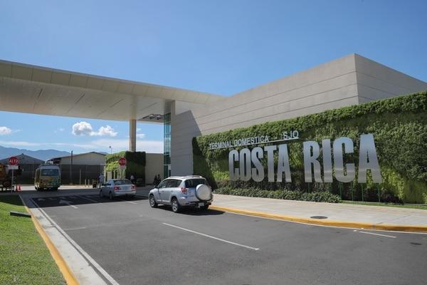 En detalle, la Terminal Doméstica SJ requirió una inversión de $6 millones en la rampa, $3,5 millones en el edificio, $1,5 millones en la vía de acceso y $1,5 millones en los parqueos. Foto: Jeffrey Zamora
