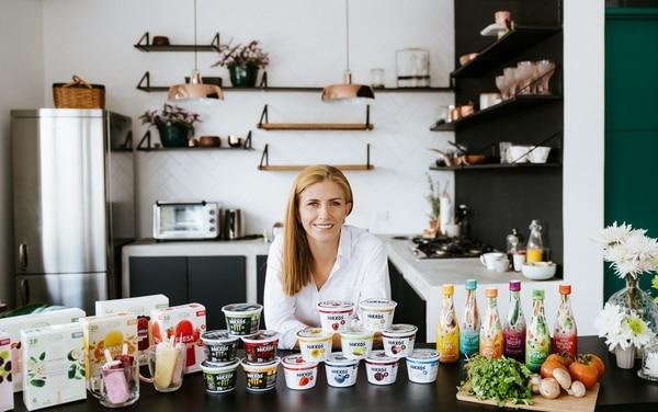 La empresa cuenta con variedad de productos: helados de frutas, helados de yogur, yogur griego, aderezos y próximamente venderá mantequillas artesanales.