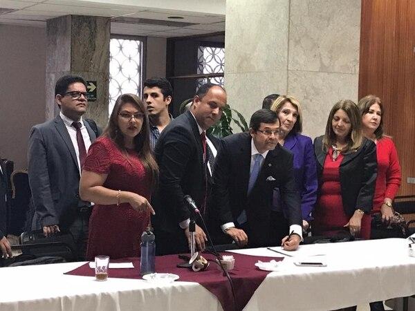 El Frente Gremial del Poder Judicial acordó este lunes 31 suspender el movimiento que mantienen desde hace trece días.