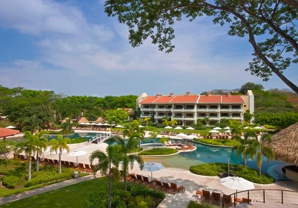 El complejo hotelero se ubica en Cabo Velas de Santa Cruz, Guanacaste.