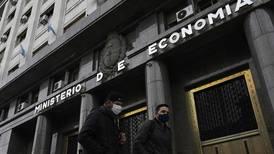 Presidente argentino buscará apoyo de líderes europeos para aplazar pagos de deuda con el FMI y el Club de París