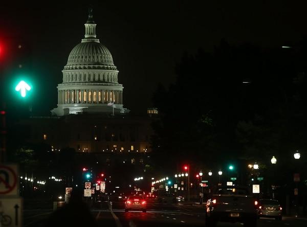 El acuerdo aprobado el miércoles por la noche por el Congreso estadounidense evitó que el gobierno llegara a su límite de endeudamiento de $16,7 billones.
