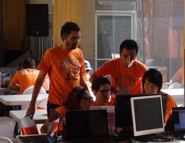 El Programathon 2015 reúne alrededor de 150 participantes del área de programación e informática.