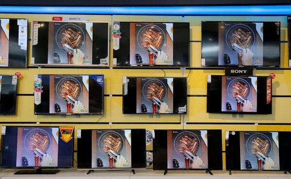 Las pantallas se destacan entre los productos más beneficiados por ventas en relación con los mundiales de fútbol. Fotos: Mayela López