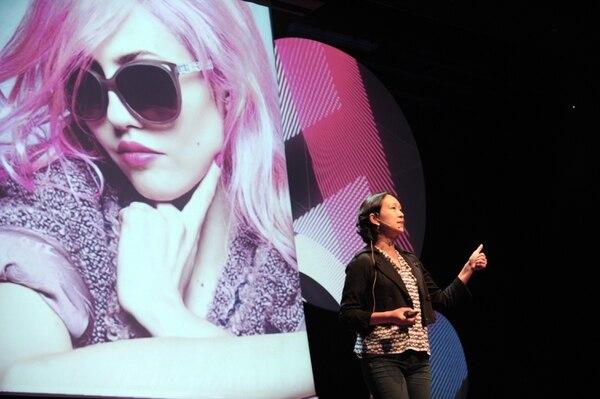 Emma Chiu mostró los cambios que están sufriendo los consumidores, las marcas y el mercado. (Foto Jorge Castillo)