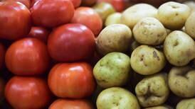 Inflación mantiene subida por tercer mes consecutivo, por alza de precios en alimentos y bebidas