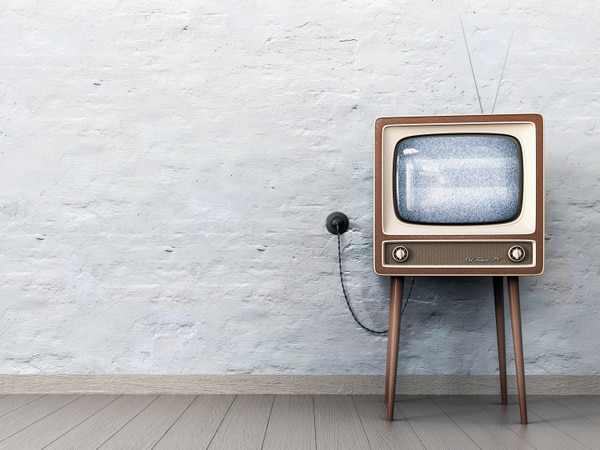Cada vez más, los jóvenes consumen el contenido audiovisual a través de sus teléfonos. El futuro está en esa pantalla que también es una extensión de la mano. Es una nueva TV, personal.