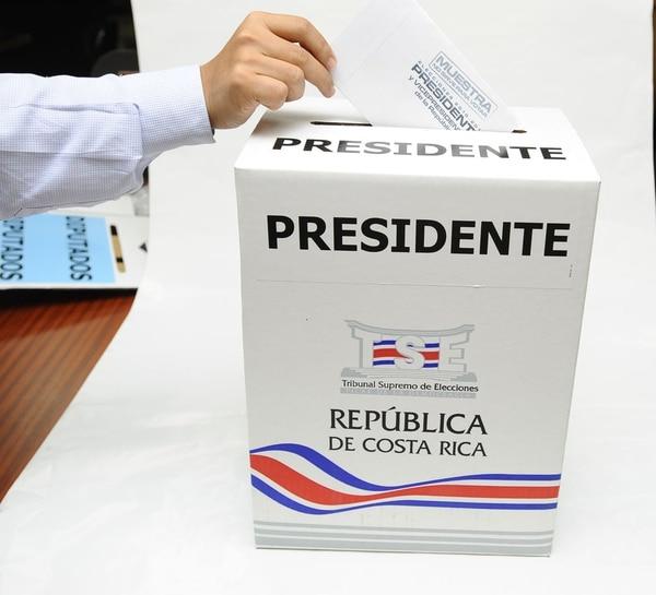 Las elecciones nacionales están convocadas para el domingo 2 de febrero y por primera vez se podrá emitir el voto en el extranjero.
