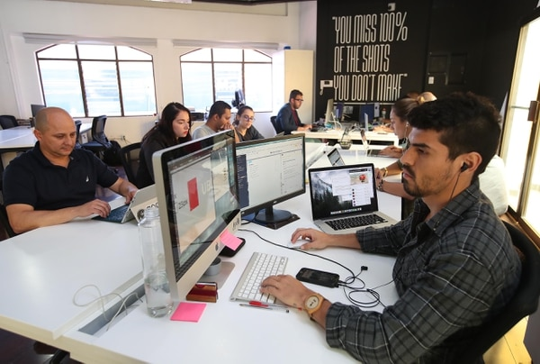 La aceleradora Caricaco apoya proyectos de emprendedores en sus procesos de crecimiento. En la selección de las iniciativas tienen en cuenta tanto el potencial de negocio como las cualidades de los equipos. (Foto Graciela Solís)