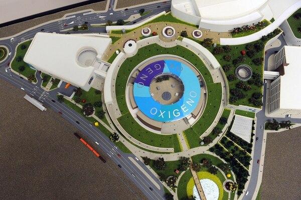 La primera etapa de Oxígeno (que no incluye los dos edificios de arriba y la derecha) tiene 85% de avance. Su apertura está programada para el 12 de noviembre. Fotos Melissa Fernández Silva