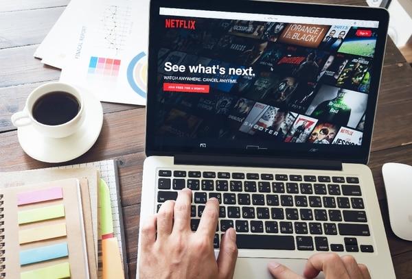 Los nuevos rivales llegan a un sector transformado por el espectacular crecimiento de Netflix y por una creciente preferencia de los consumidores por la televisión a demanda que se transmite por plataformas de Internet. Foto: Shutterstock.