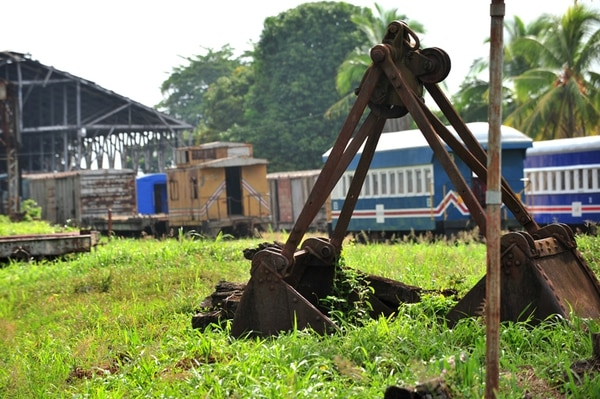 Los patios del ferrocarril tienen poco avance en las mejoras por atrasos en estudios de contaminación de hidrocarburos en una parte del terreno.