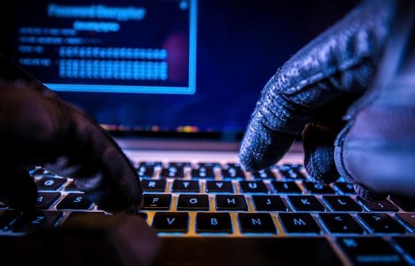 Más de 900 empresarios sufrieron fraudes en el 2018 con el timo de factura electrónica. (Foto archivo)