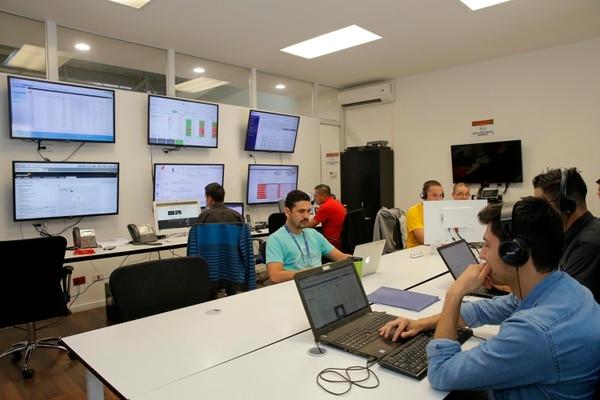 Los servicios de los operadores a las empresas, como WND especializada en Internet de las cosas, se han diversificado y aumentaron el ancho de banda. (Foto Mayela López / Archivo)
