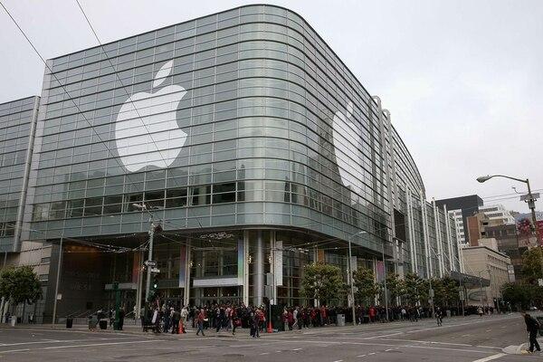 Jueza negó petición de Apple sobre venta de dispositivos de Samsung.