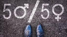 Ley vanguardista sobre la paridad en Islandia reduce brecha salarial