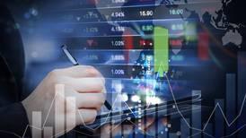 Fitch Ratings baja la calificación de riesgo de Panamá de BBB a BBB-