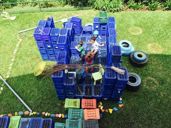 Las propiedades son amplias y con áreas verdes, lo que permite que los niños tengan contacto con la naturaleza.