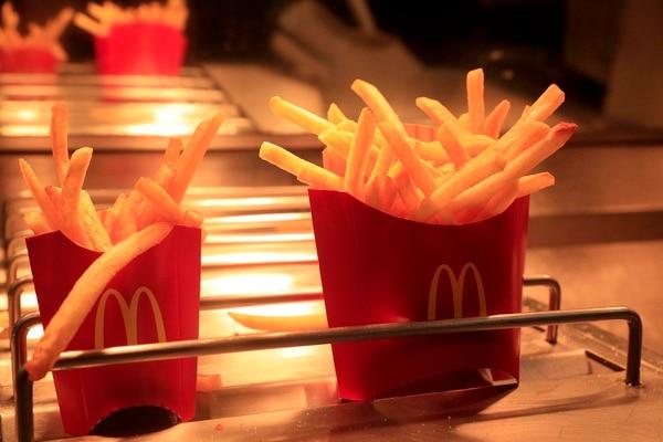 Las papas fritas figuran en el menú de McDonald's Costa Rica desde 1970. Foto: Rafael Pacheco