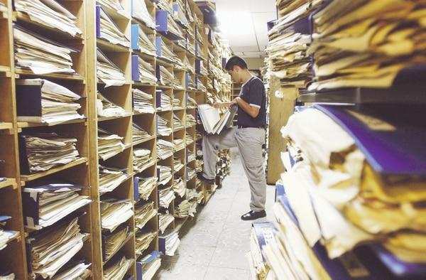 Los archivos de documentos antiguos permiten la investigación genealógica (Imagen con fines ilustrativos).