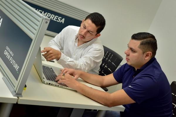 Equipo Ellephant Luis Carlos Morales y Jairo Solís participaron en el Open Future 2018