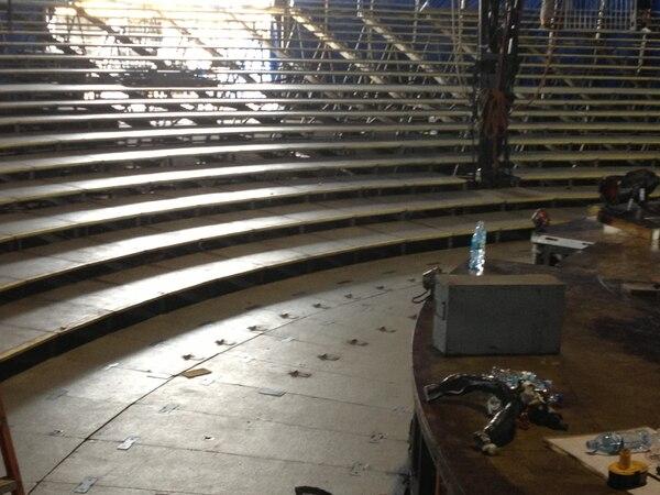 Distancia desde la primera fila hasta el escenario del Cirque du Soleil.