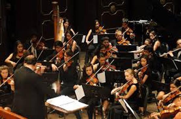 La Orquesta Sinfónica Nacional se presentará este viernes y domingo en el Teatro Nacional.
