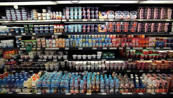 El mercado lácteo generó ventas por ¢372 billones durante el 2017, según datos de la consultora Euromonitor Internacional. Fotografía. Graciela Solis