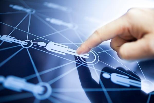 El éxito del marketing digital depende de estrategias que contemplen los múltiples canales y dispositivos de los usuarios.