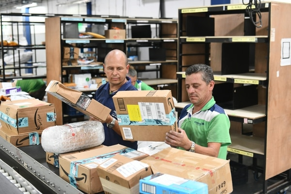 Correos de Costa Rica reportó incremento en empresas inscritas en su servicio Pymexpress y de envíos durante los últimos dos meses. (Foto de Jorge Castillo)