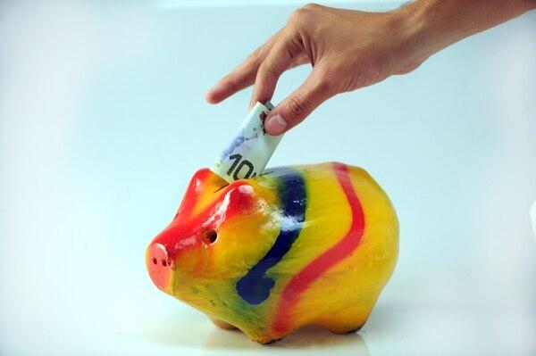 El FCL puede convertirse en un aliado en el ahorro para su pensión. Foto:Jorge Castillo