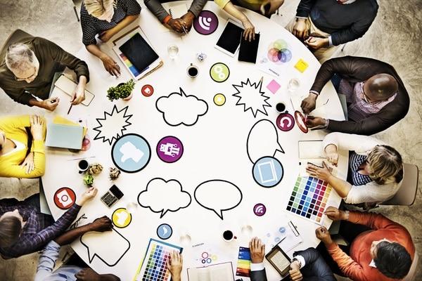 Al idear estrategias de comunicación debe incluir mensajes que hagan que los consumidores sientan empatía por su marca. Shutterstock para EF.