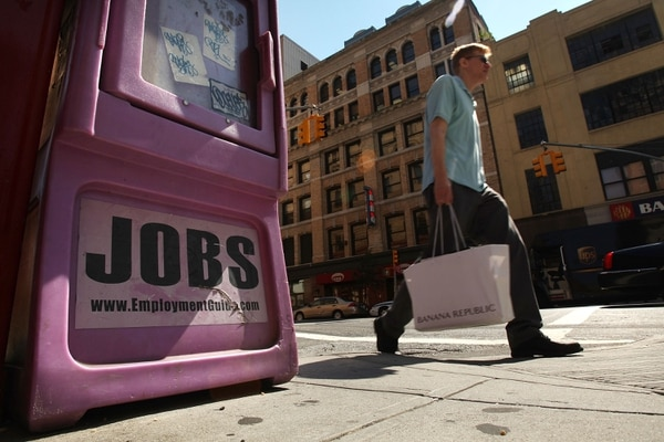 El índice de desempleo en Estados Unidos subió una décima, hasta el 7,3%, en octubre.
