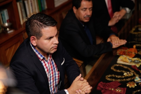 Durante el anuncio, Alvarado manifestó que intervendría a 10 comunidades durante los primeros cien días en un eventual Gobierno. Fotografía: Alejandro Gamboa Madrigal