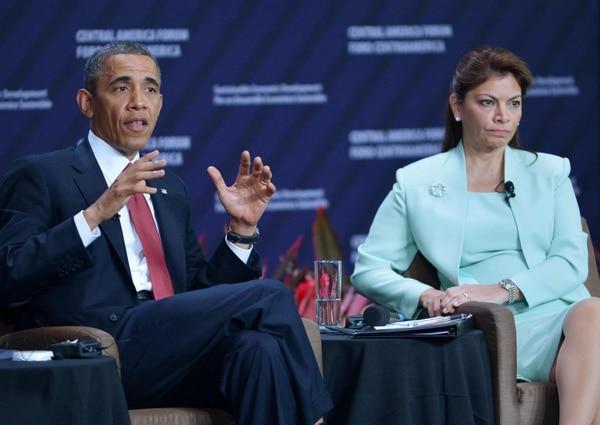Laura Chinchilla y Barack Obama participaron en una reunión con empresarios en la Antigua Aduana